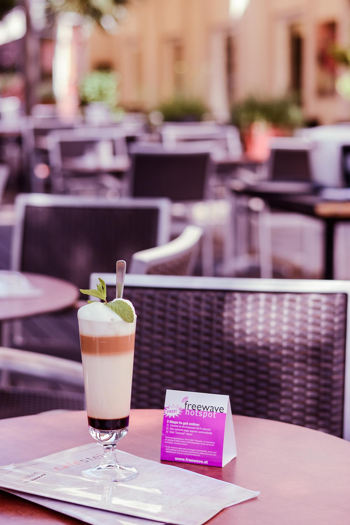 Cafe Stein Gastgarten |Freewave